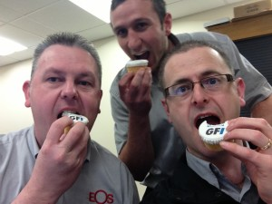 MESSAGING PRODUCT OF THE YEAR cupcakes
